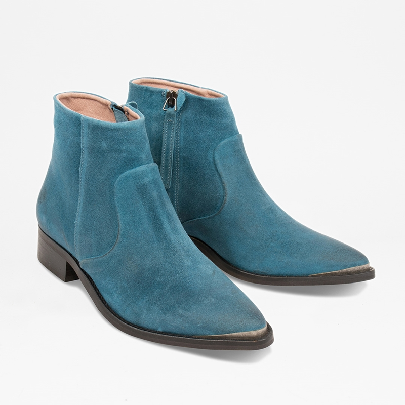 Electric-w-blue-suede-front