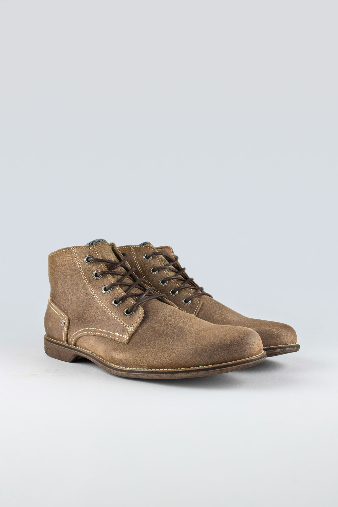 Crasher Beige Suede
