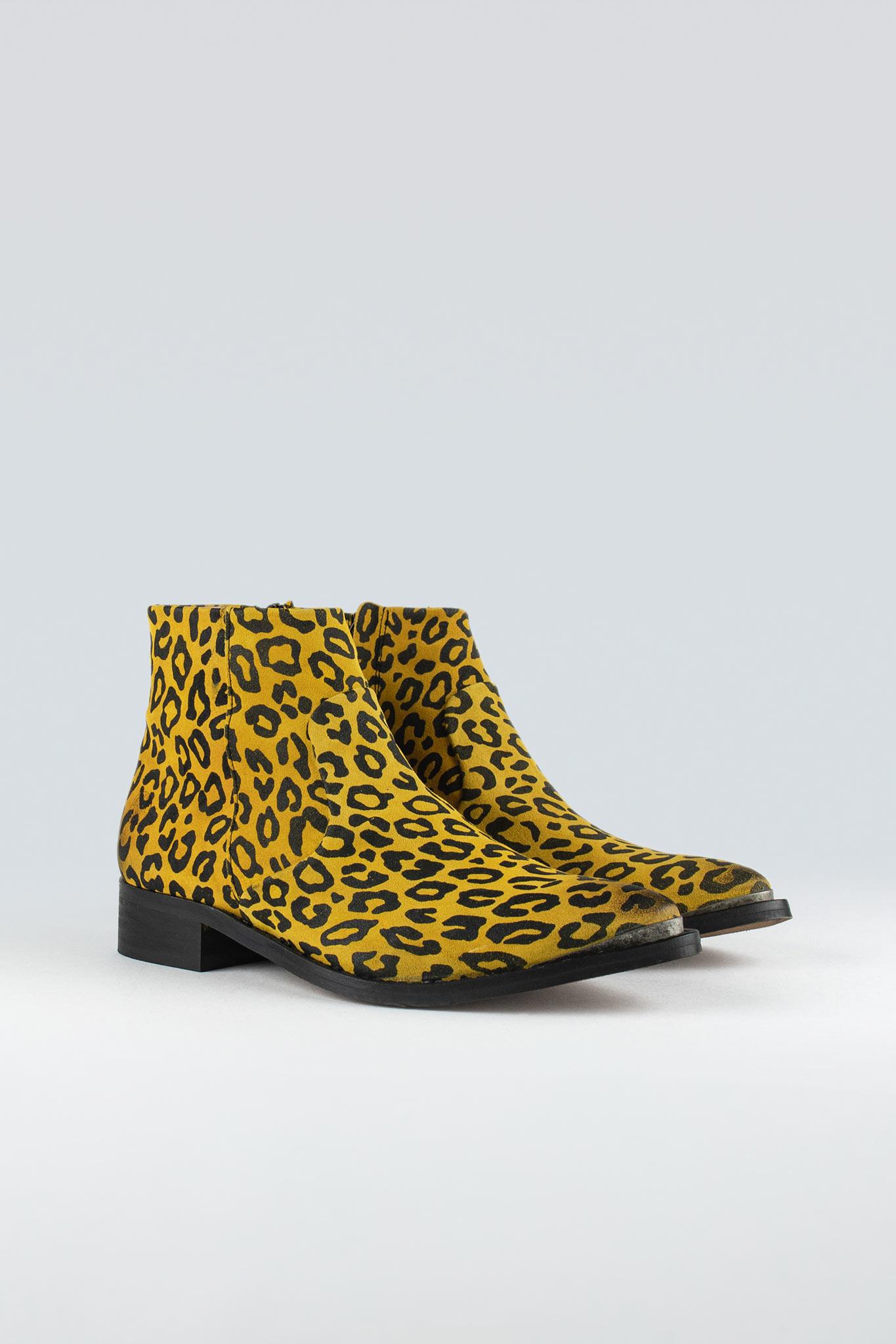 Electric W Yellow Leopard