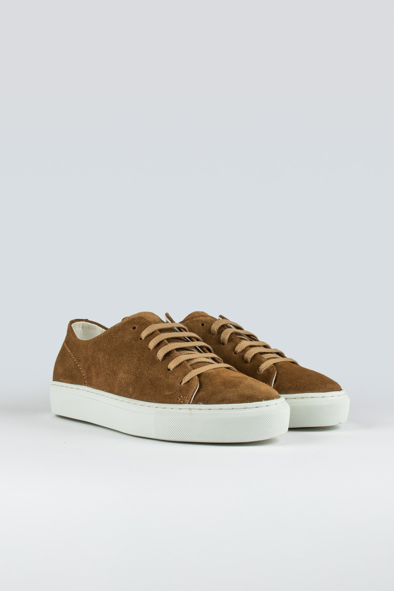 Jervis Low II W Suede Tobacco