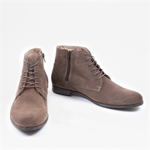dirty-mid-taupe-suede-front2